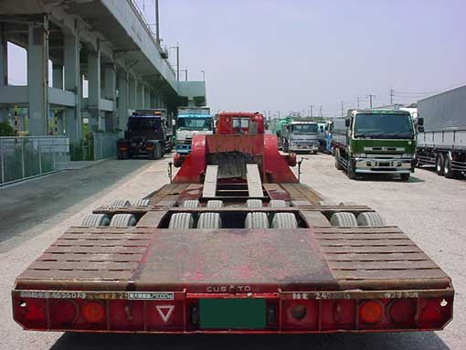 Tokyu 08 wheeler low bed trailer