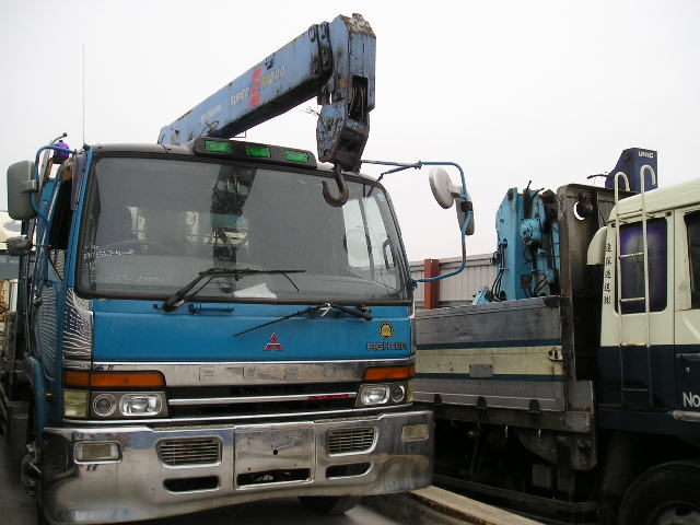FM656J-50 up self loader & crane 6D15 engine