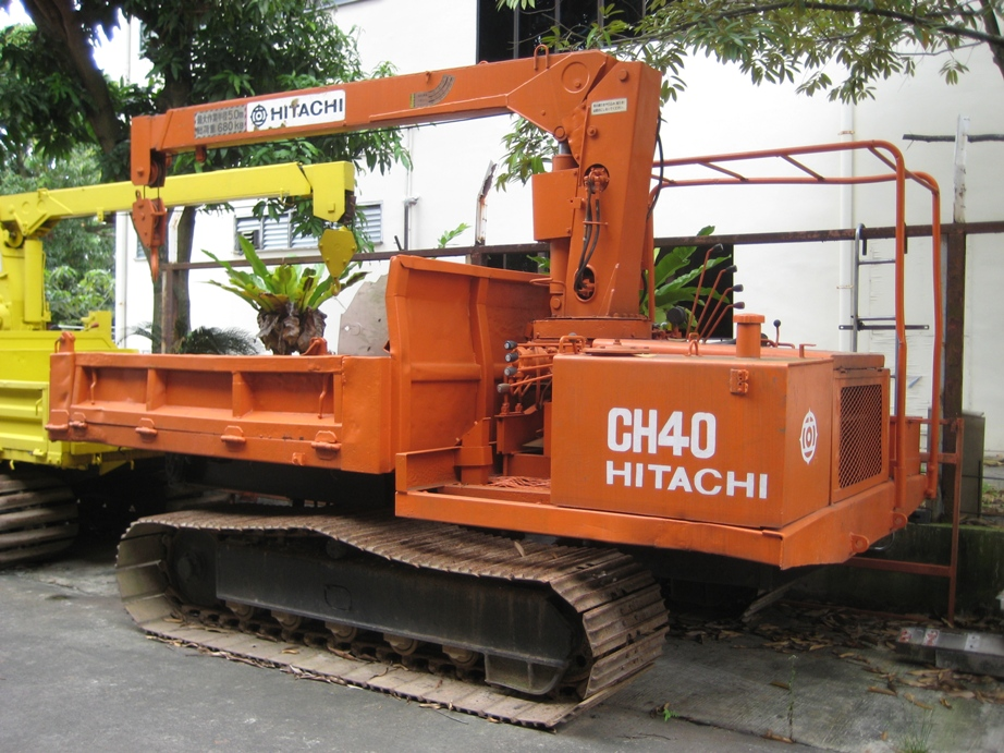 Hitachi CH40 with 6.8 tons crane